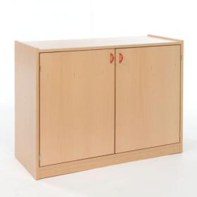 Skříňka dvoudveřová se 2 vloženými policemi